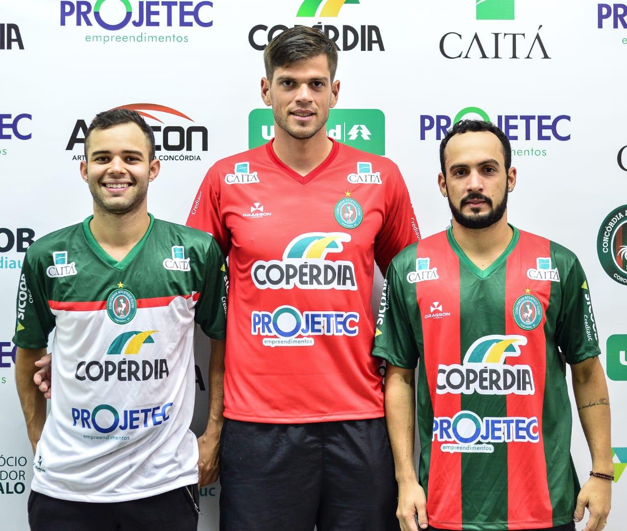 Galo contrata mais três jogadores para a disputa da Série B