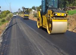 Com investimento de R$ 2 milhões, asfalto de linha Pinhal está em andamento