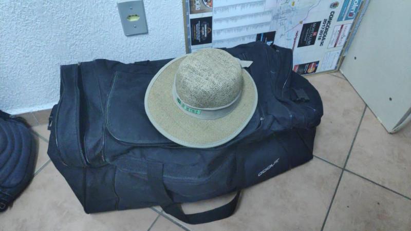 Bolsa com roupas é encontrada em ponto de ônibus de Alto Bela Vista