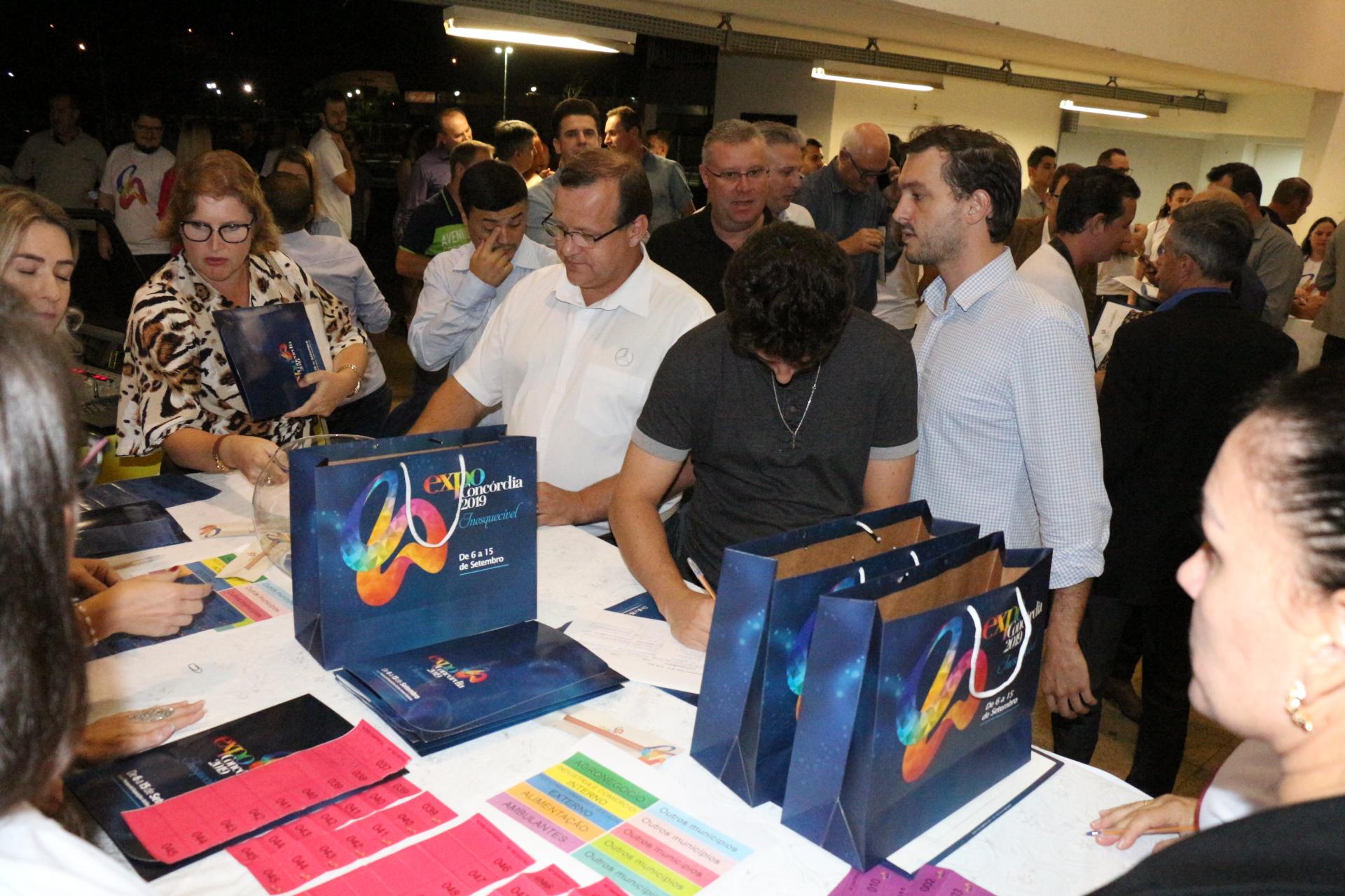 Reunião com todos os expositores da Expo Concórdia