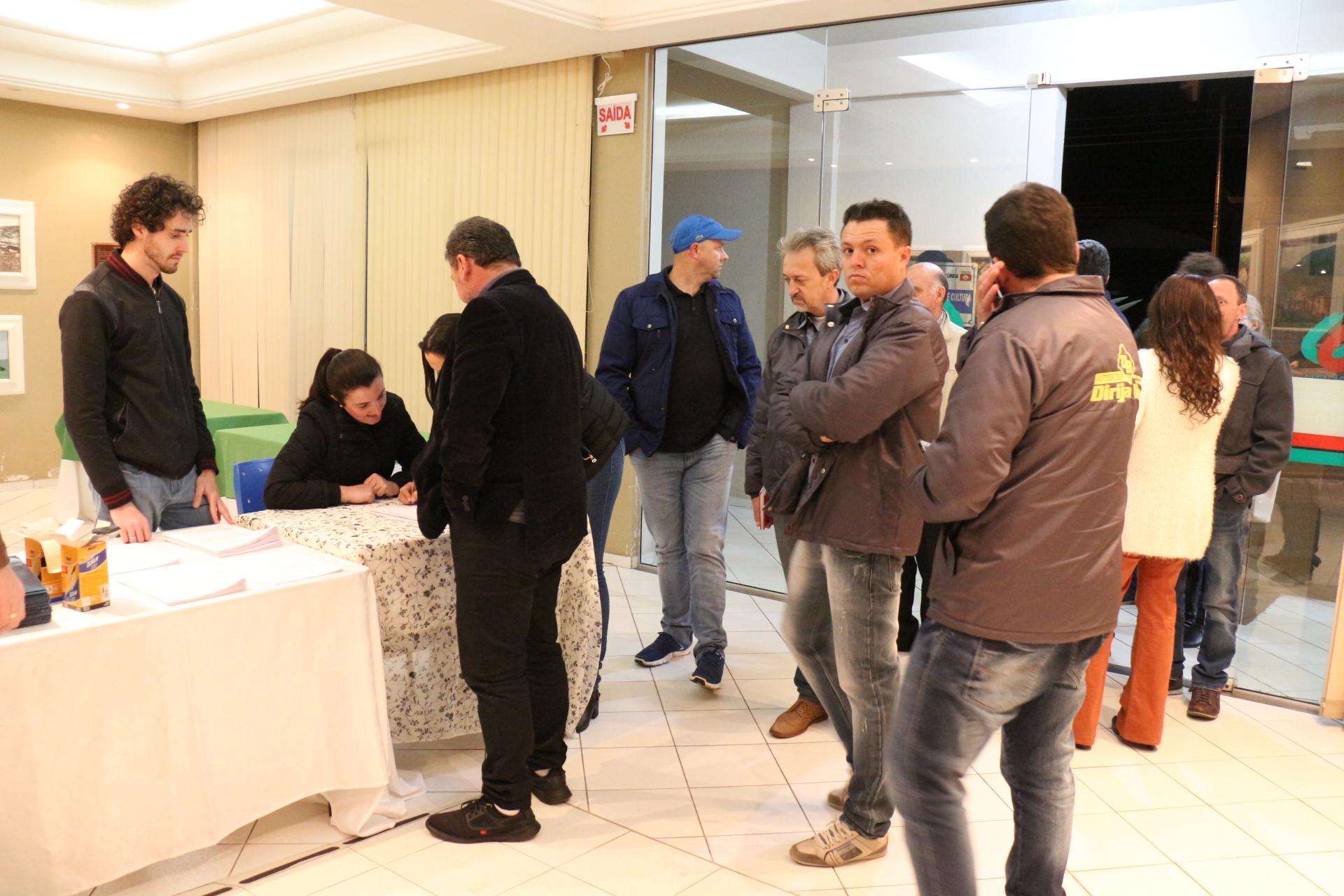 Expositores tiram dúvidas e recebem regulamento da Expo Concórdia