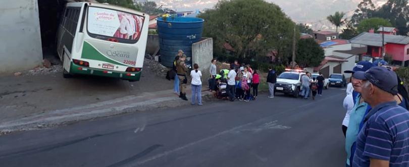 Auto Viação Seara emite nota sobre acidente com ônibus que transportava alunos