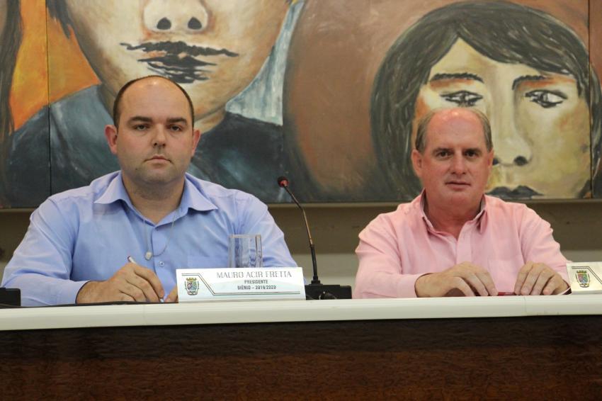 Zagonel e Fretta questionam investimentos de R$ 4 milhões para o calçadão