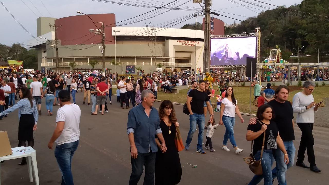 Portões da Expo Concórdia abrem às 10h deste domingo