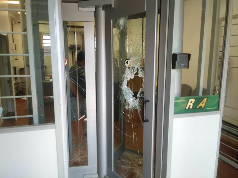 Grupo assalta agência bancária em Faxinalzinho-RS