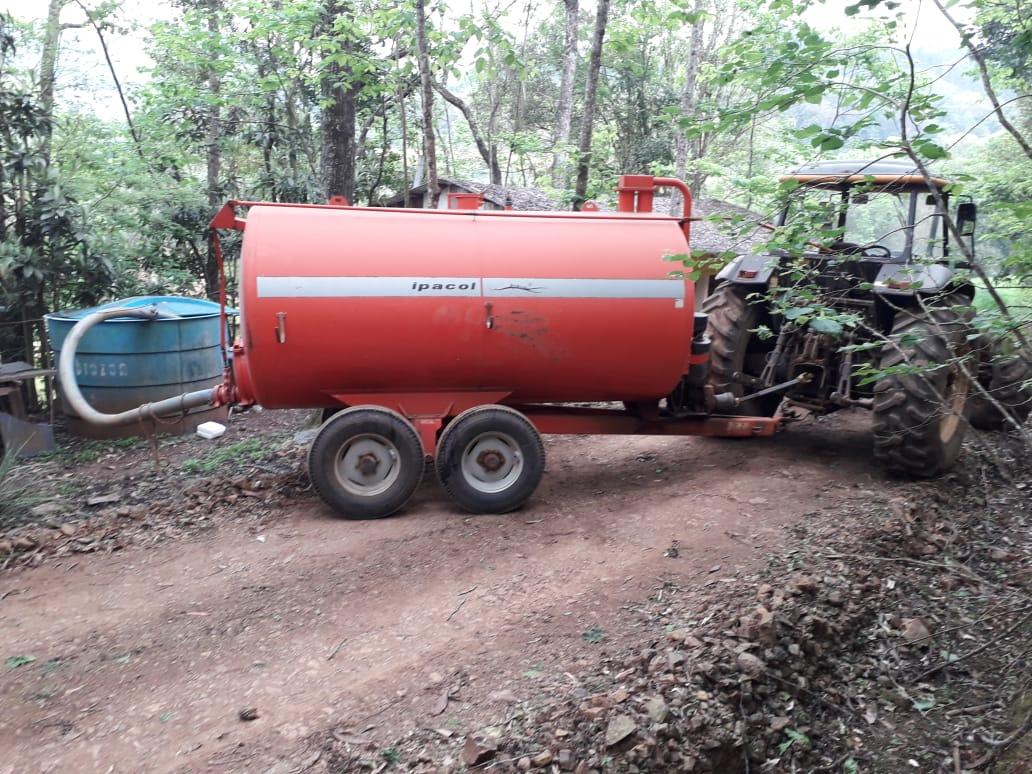 Prefeituras da região já fazem o transporte de água em função da estiagem