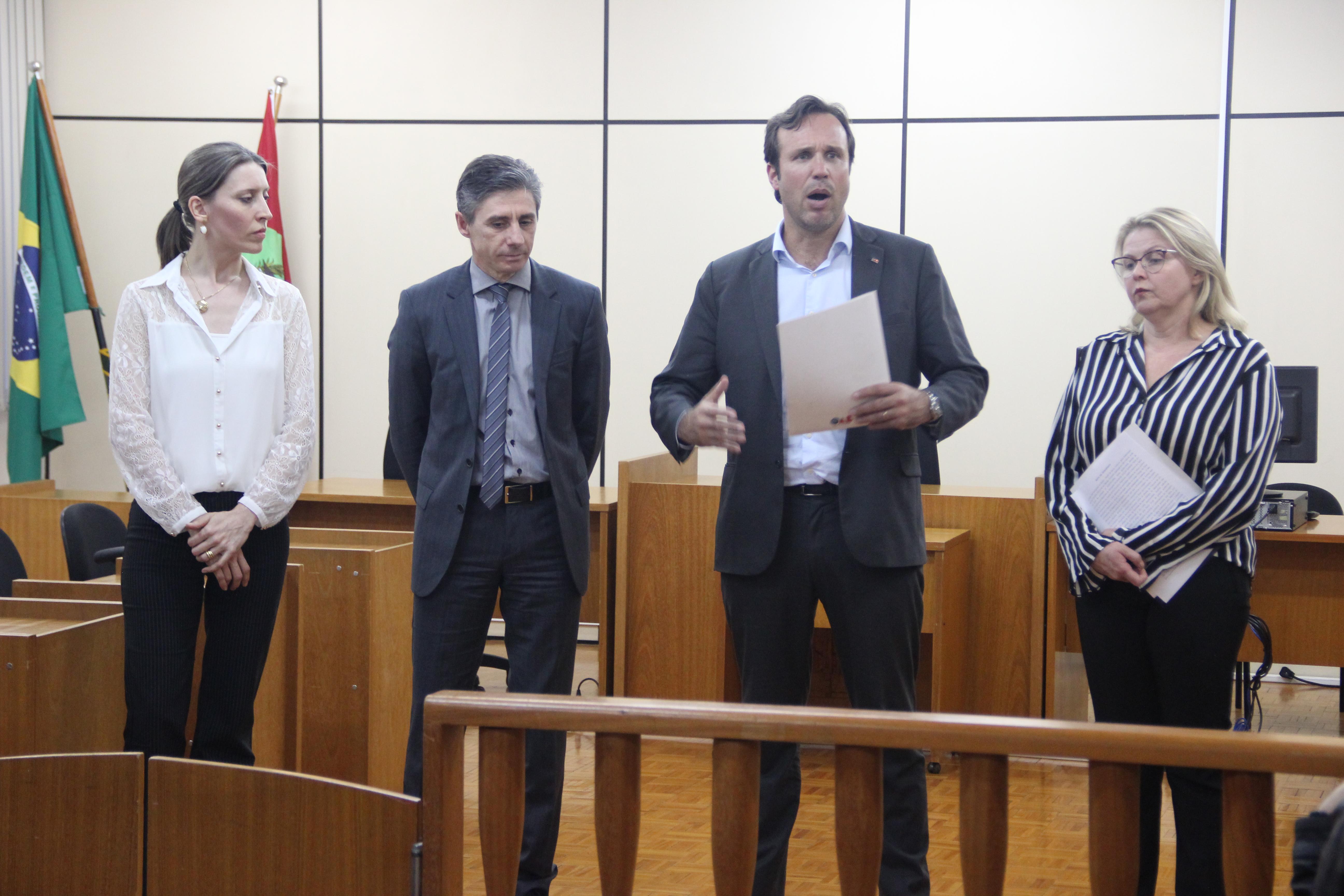 OAB realiza Desagravo Público sobre o que considera desrespeito de promotor contra advogado