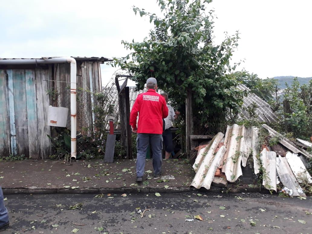 Pelo menos 125 imóveis foram afetados pelo temporal em Concórdia