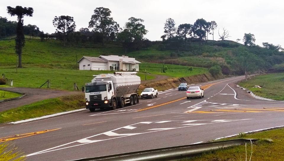 Deinfra libera o trânsito de veículos no novo contorno de Jaborá