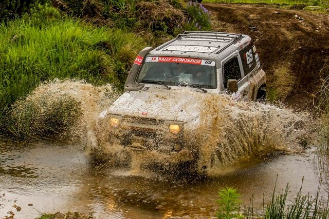 Piratubenses conquistam título no Catarinense Rally Regularidade categoria Turismo