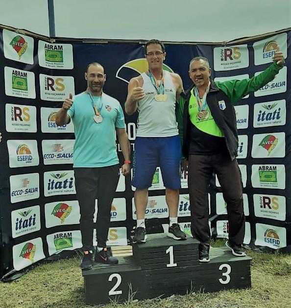 Volmir Casagrande Zilli medalha de Ouro no Brasileiro de Atletismo Máster