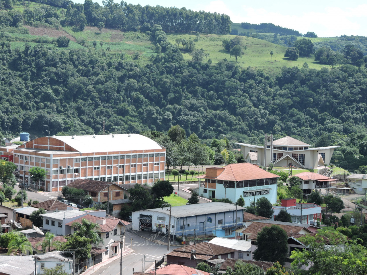 Se PEC for aprovada, quatro cidades da Amauc deixarão de existir