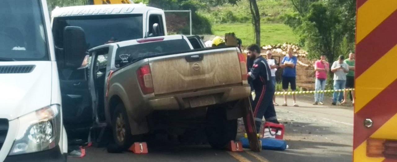 Caminhonete com placas de Concórdia se envolve em acidente em Chapecó