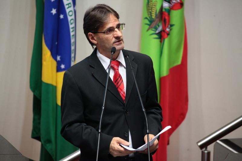 OUÇA: Saretta propõe emenda para destinar R$ 220 milhões à SC 283