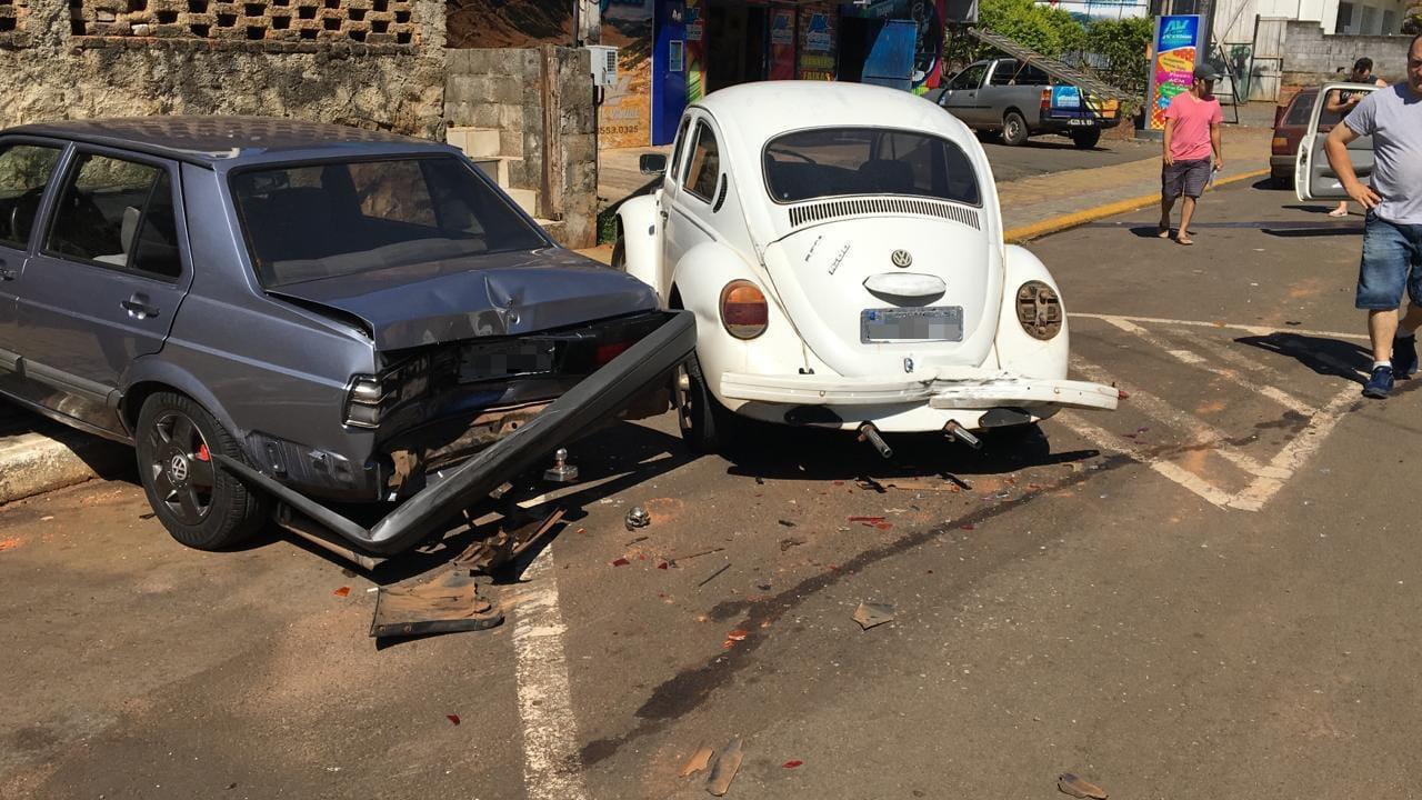 Acidente de trânsito envolve três veículos em Piratuba, dois com placas de Concórdia