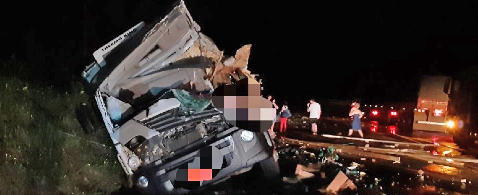 Vídeo - Motorista de caminhão com placas de Concórdia morre em acidente no Paraná