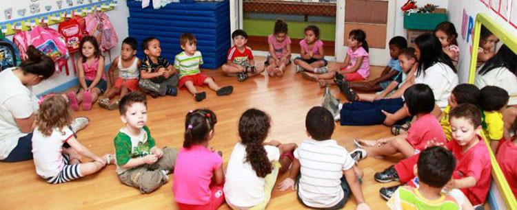 Último dia para se inscrever para a seleção de auxiliar de creche