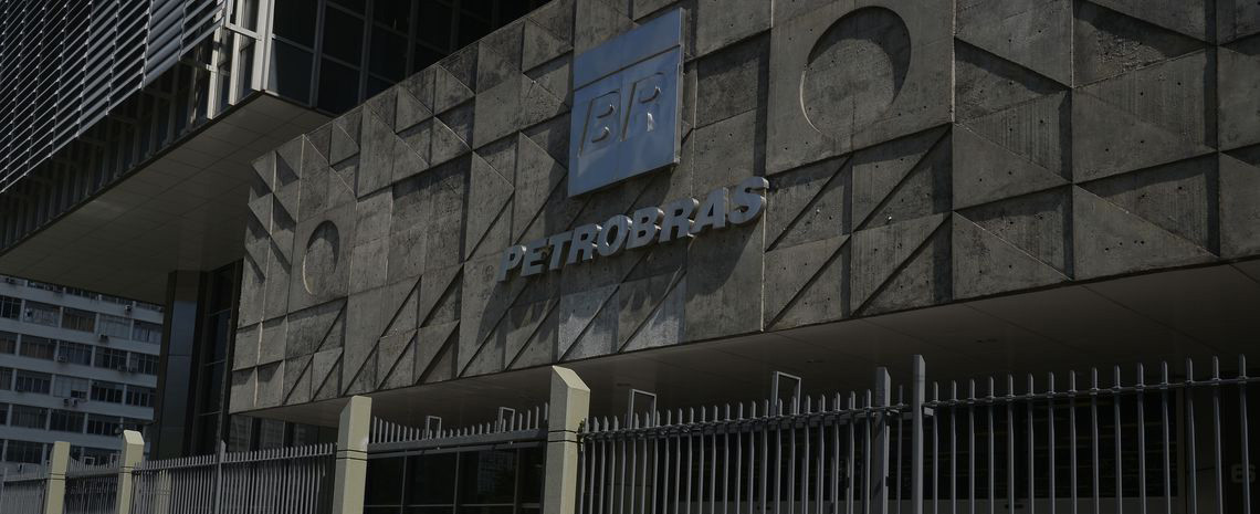 Petrobrás confirma redução de 3% no valor do diesel e da gasolina