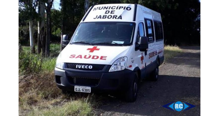 Veículo da Secretaria de Saúde de Jaborá se envolve em colisão na SC 150