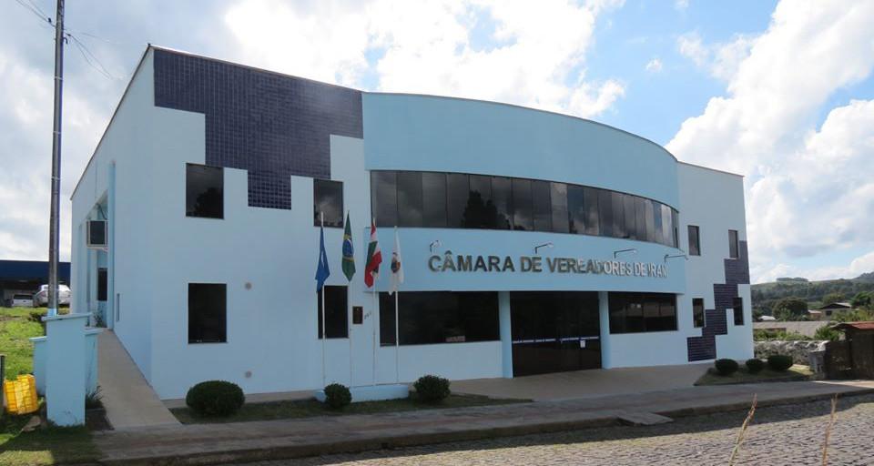 Câmara de Vereadores assina TAC para reduzir gastos de diárias