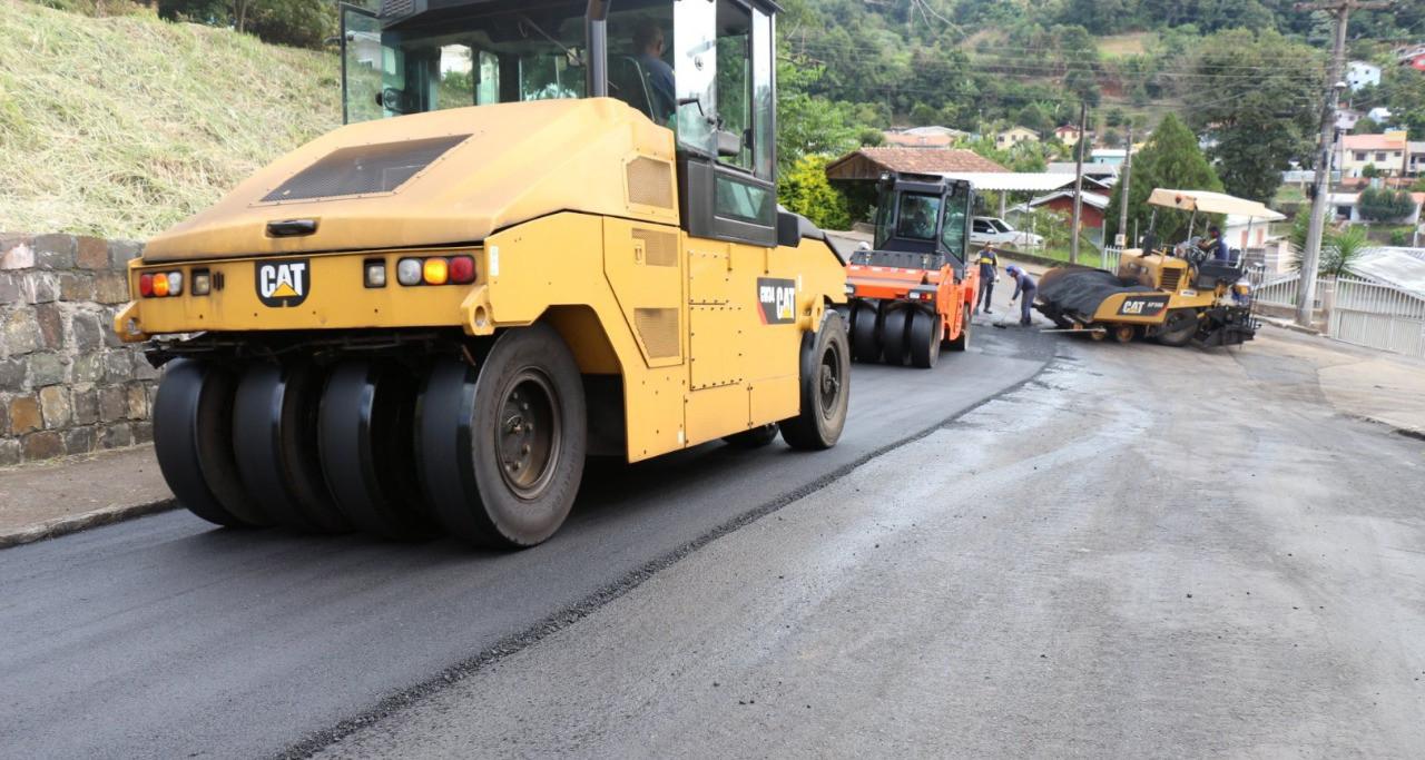 Obras públicas foram retomadas na quarta-feira