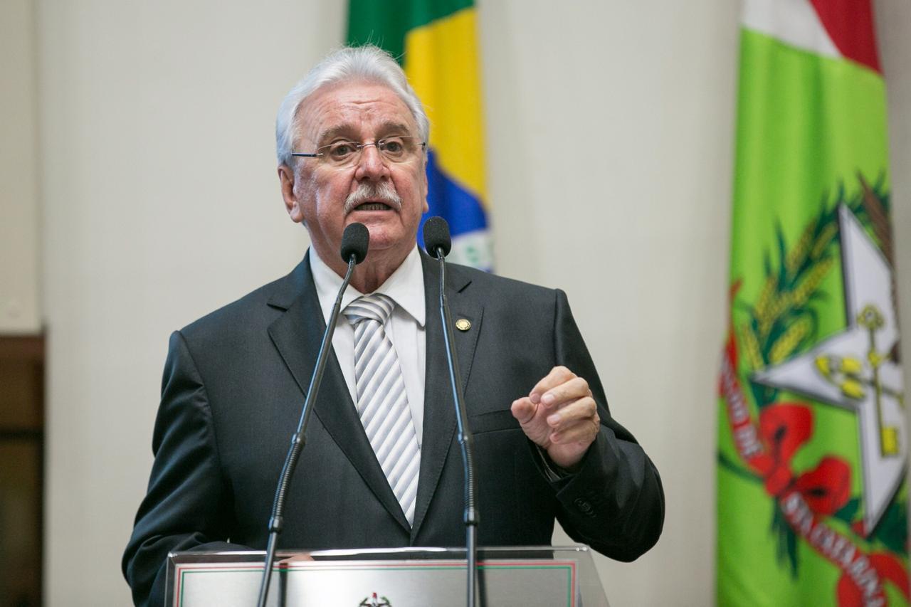 Mais de R$ 2,8 mi de emendas de Sopelsa liberadas para os municípios