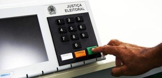Senado aprovada eleições municipais para 15 de novembro