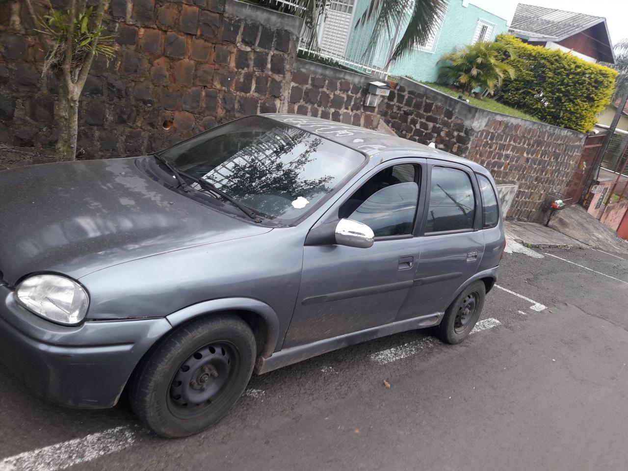 Veículo furtado no Guilherme Reich é localizado no Bairro Floresta
