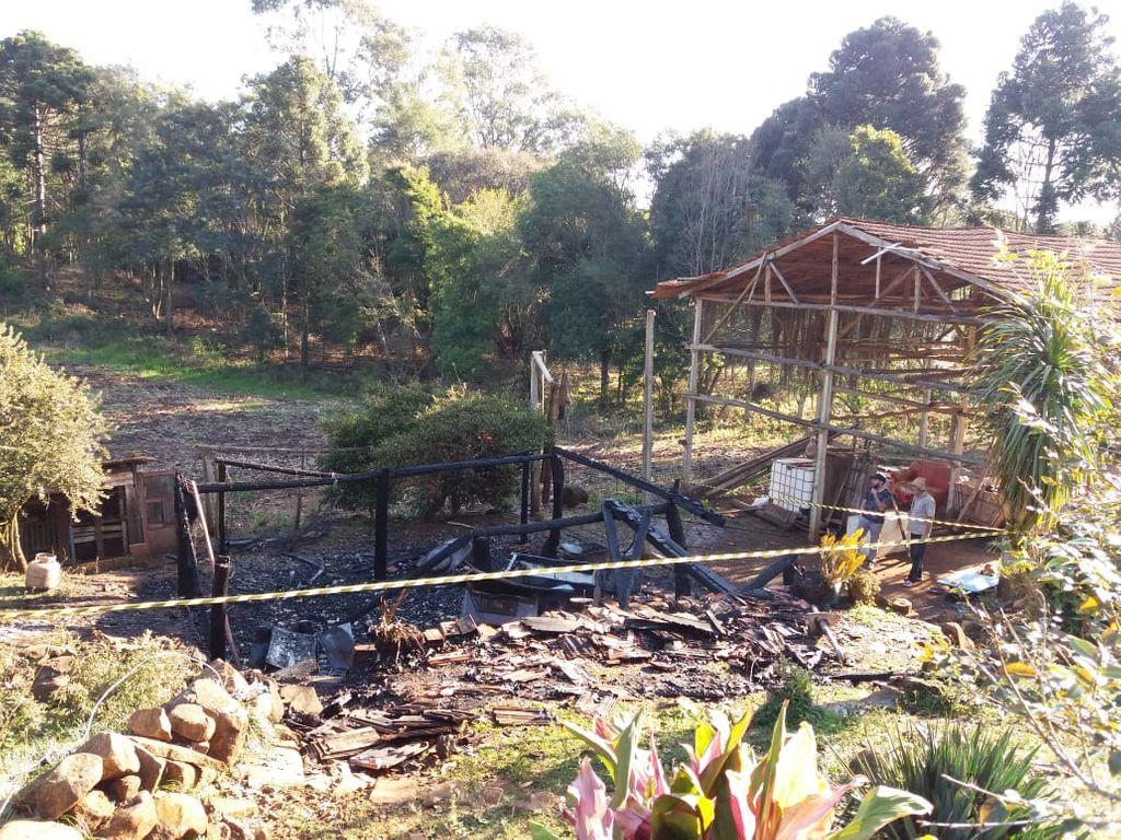 Homem morre em Incêndio no interior de Herval