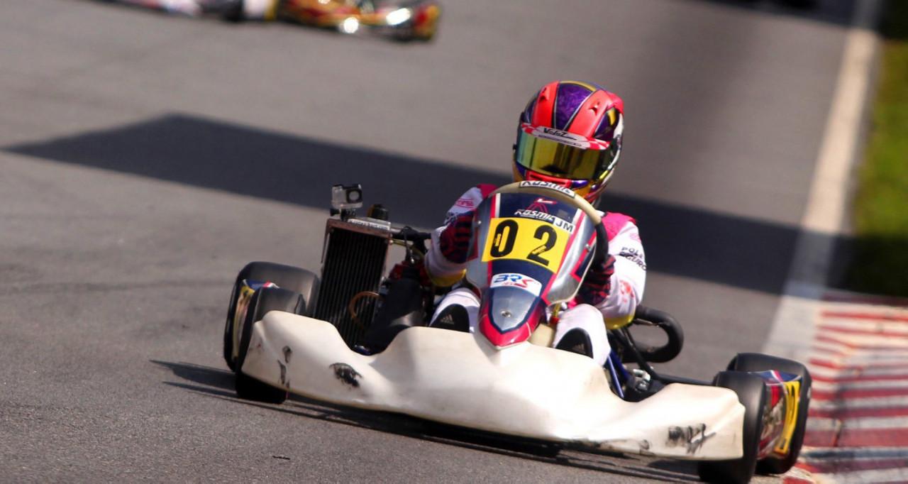 Antonella vence e lidera Campeonato