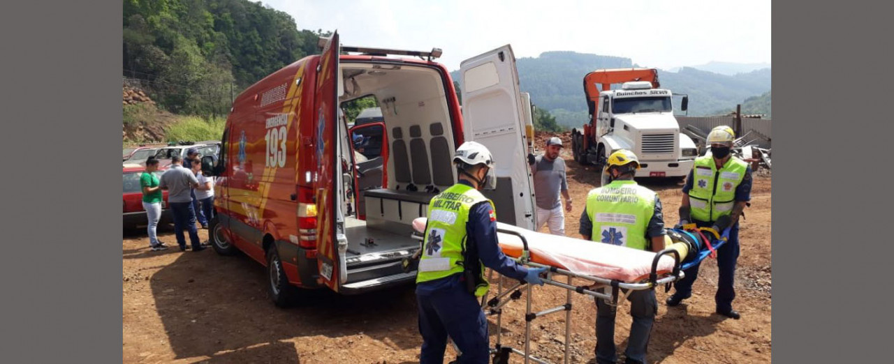 Colisão entre dois veículos na SC-283 em Seara deixa condutora ferida