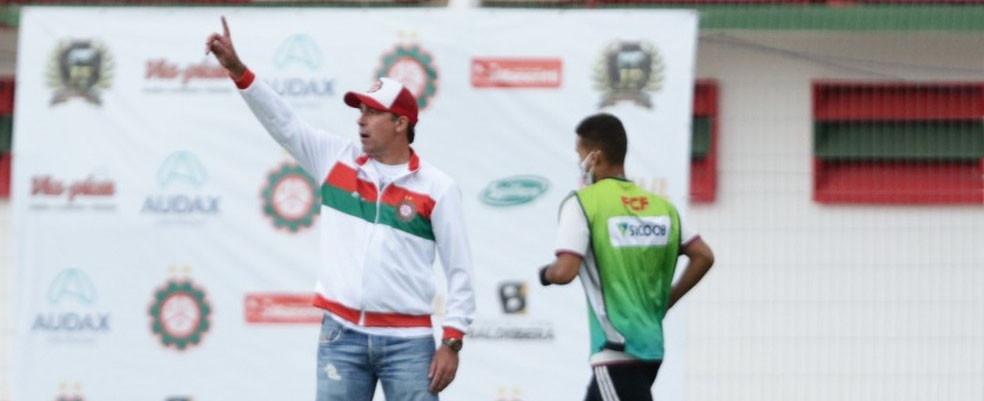 Próspera renova com Paulo Baier após anunciar saída do treinador