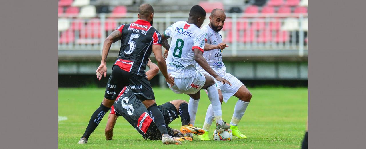 Galo do Oeste leva 3 a 0 do Joinville pela Copa SC