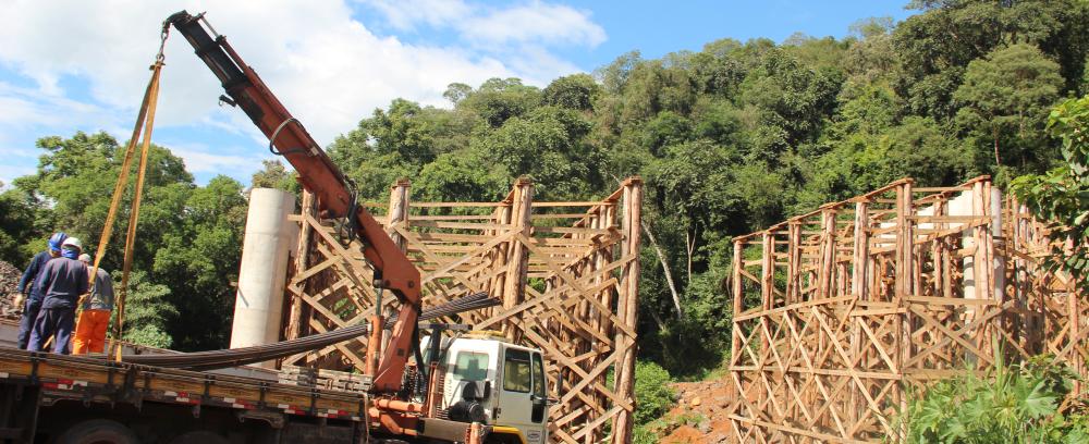Obras da ponte do contorno de Seara estão paralisadas