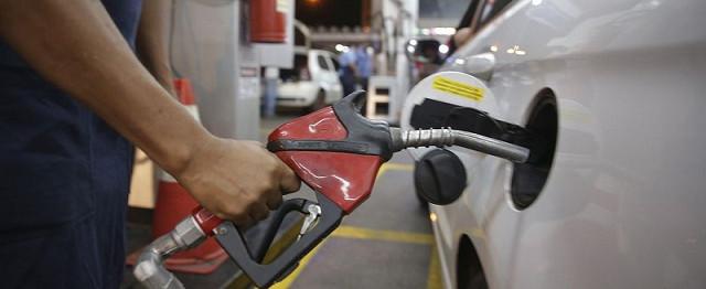 Petrobrás anuncia mais um aumento na gasolina e no diesel