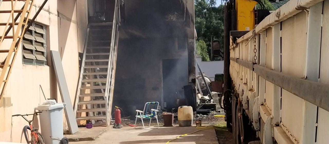 Princípio de incêndio mobiliza bombeiros em Concórdia