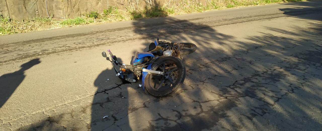 Motociclista permanece na UTI do HSF