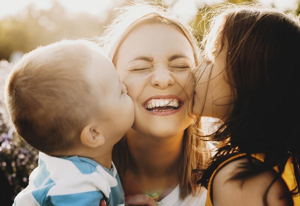 O que você vai dar de presente para sua mãe nesse dia 09,  presente ou presença?