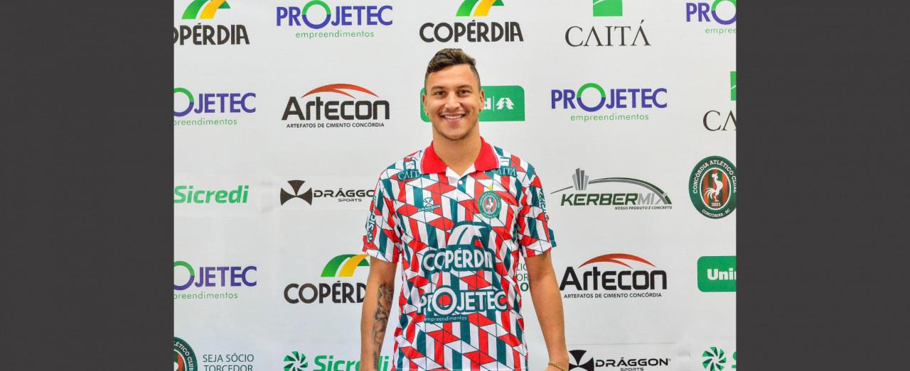 Warley, meia atacante do Concórdia Atlético Clube, é contratado pelo Criciúma