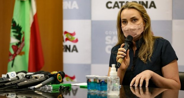 OUÇA: Daniela Reinehr faz avaliação de sua interinidade no governo de SC