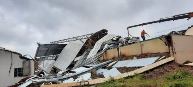 Defesa Civil do Estado confirma passagem de tornado em Campos Novos