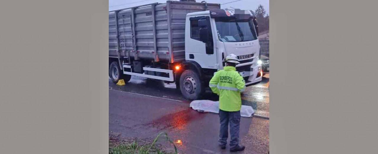 Caminhão com placas de Concórdia se envolve em acidente com morte em Indaial