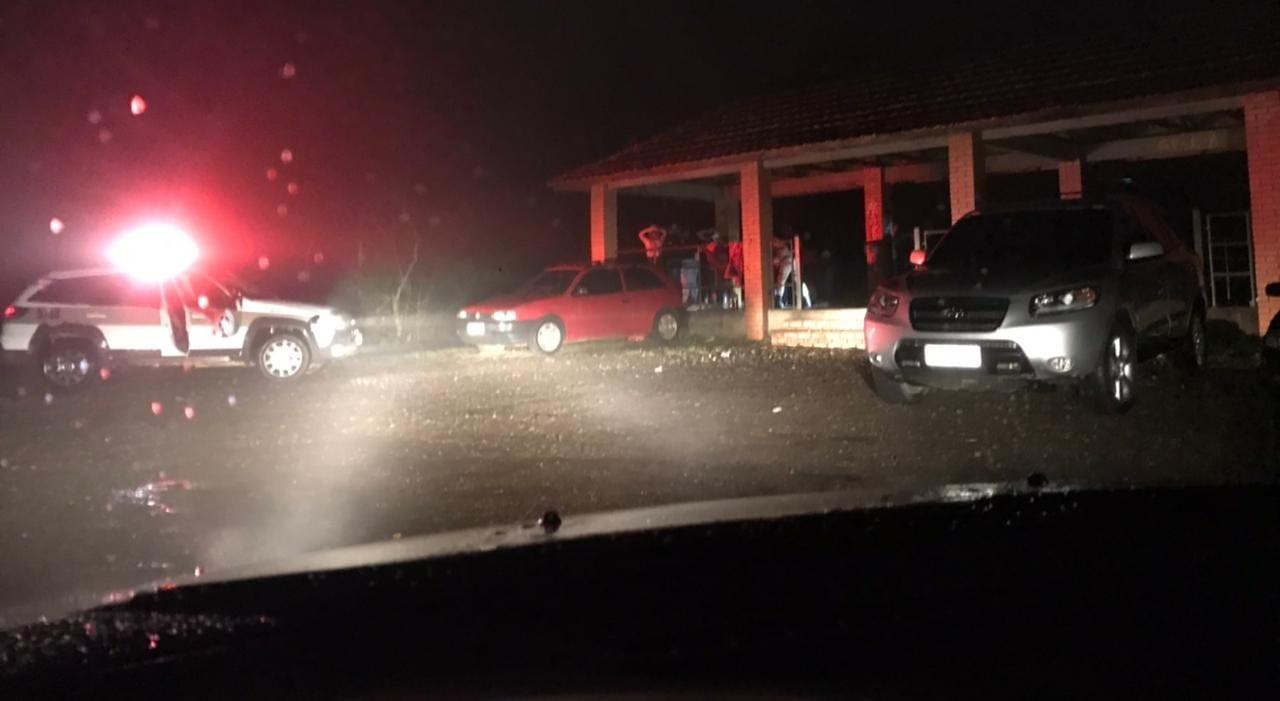 Fiscalização e PM flagram aglomeração de cerca de 20 pessoas em Itá