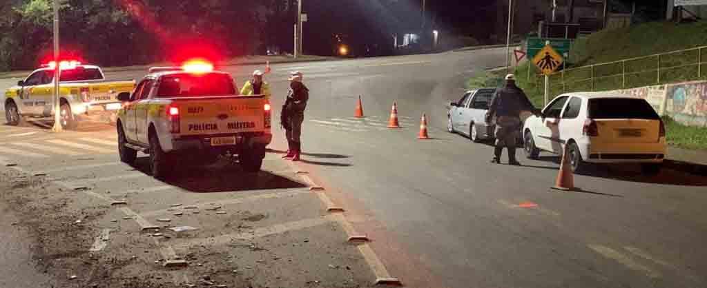 Mais de 20 motoristas são autuados pela PRE por dirigirem sob efeito de álcool na região