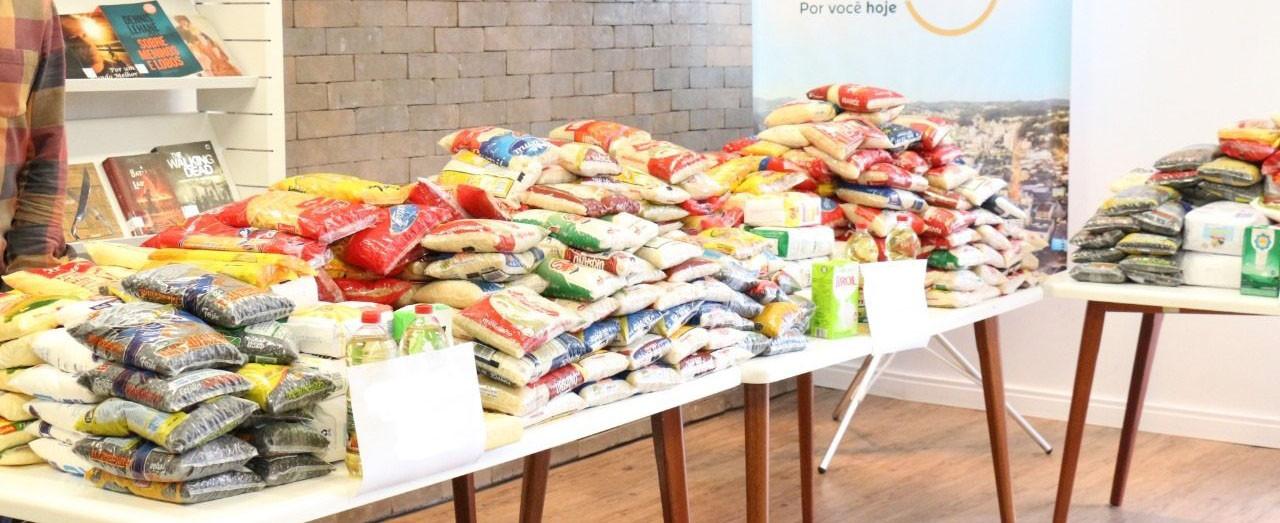 Alimentos recebidos na campanha de vacinação atendem 150 famílias