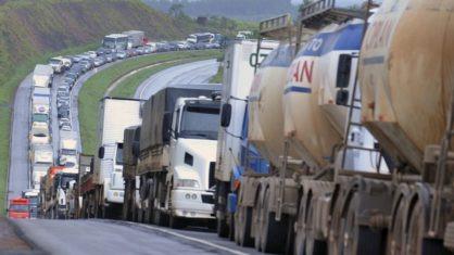OUÇA: CNTRC diz que caminhoneiros podem parar a partir desse domingo