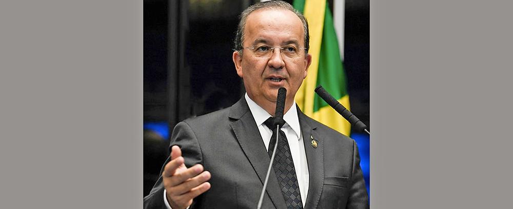 """""""Se é só pra ter um quadro como ministro, eu não quero"""", diz Jorginho Mello sobre assumir o Turismo"""