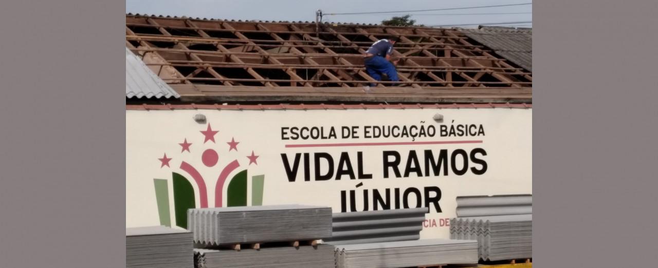 OUÇA: Estado investe mais de R$ 1,6 milhão em reparos nas escolas da região