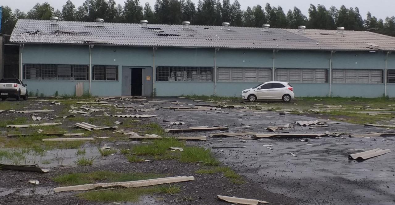 Defesa Civil confirma tornado entre Chapecó e Guatambu