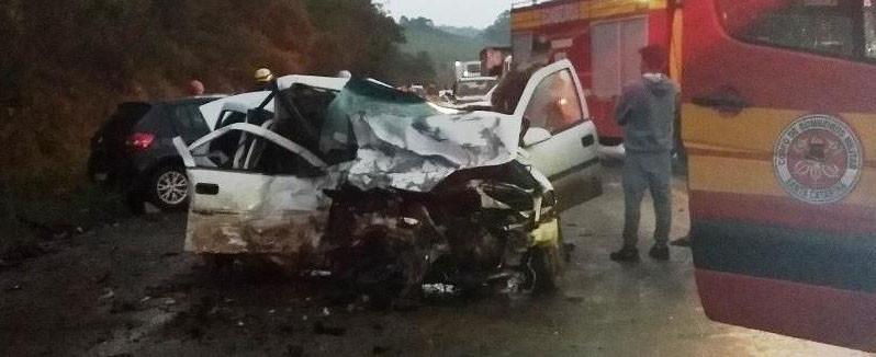 Grave acidente deixa quatro pessoas mortas na BR-282 em Ponte Serrada